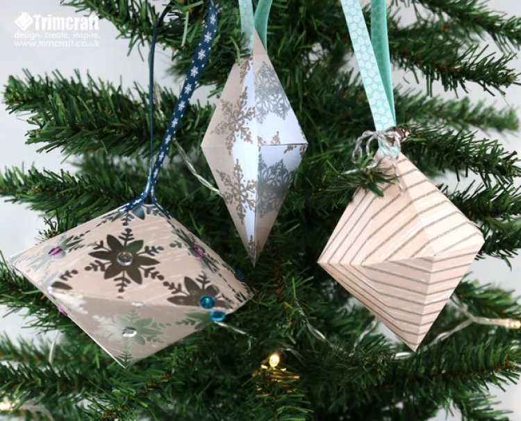 DIY Christmas Baubles with Free Pri... | The Craft Blog