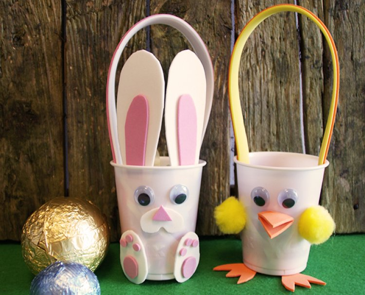 Half term easter crafting for kids the craft blog blog april 2014 half term easter crafting for kids with our bunny chick sweet holder templates pronofoot35fo Images
